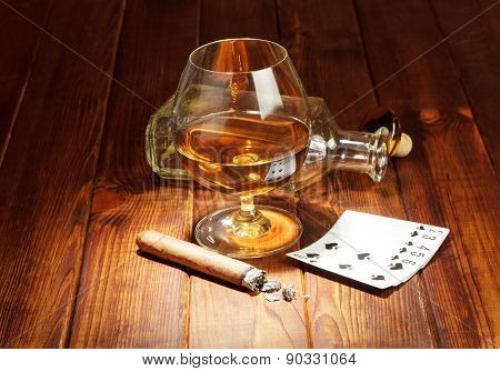 Cards, cigar and whisky