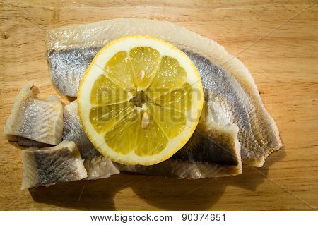 Fillet herring with lemon