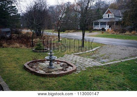 Water Fountain in a Round Garden
