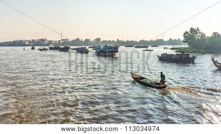 Floating Market of agricultural products on the Mekong
