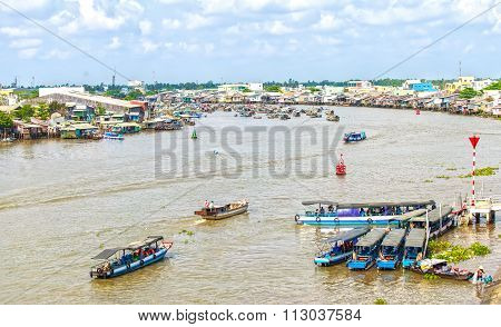 Cruise Terminal in Cai Rang floating market