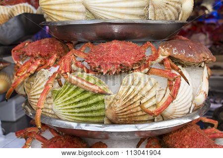 The Spider Crab On Seafood Platter.
