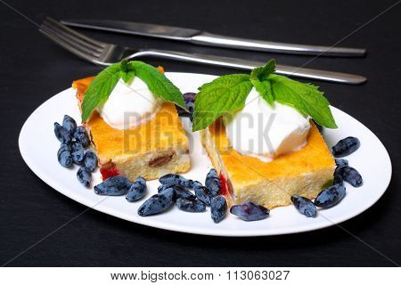 Appetizing Cottage Cheese Casserole With Berries And Sour Cream