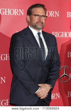 PALM SPRINGS - JAN 2:  Steve Carell at the 27th Palm Springs International Film Festival Gala at the Convention Center on January 2, 2016 in Palm Springs, CA