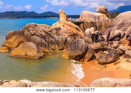 The famous group of stones on the beach of Lamai -
