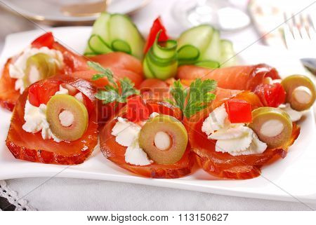 Salmon Appetizer With Cream Cheese And Olives