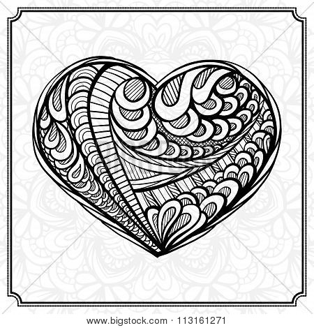 Hand drowing heart in zendoodle style