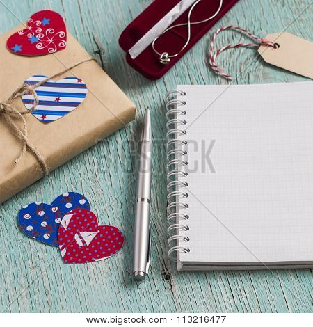 Valentine's Day Gift In Kraft Paper, Women's Jewelry Chain In Velvet Pouch And Clean Blank Notepad O