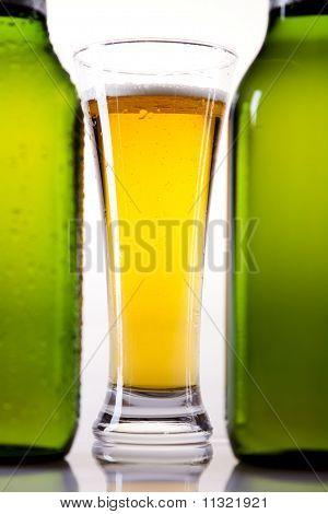 Stilleben mit Bier