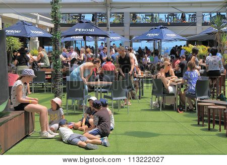 Outdoor restaurant dining Melbourne Australia
