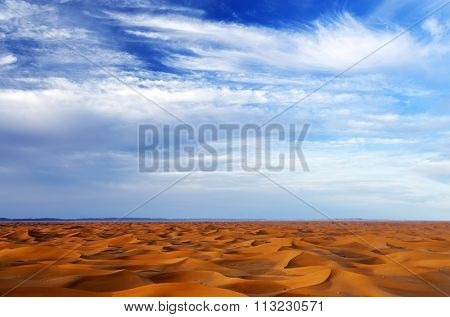 Sand dunes in Sahara Desert, Africa