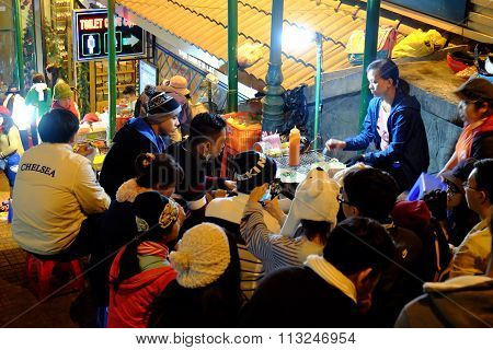 Crowded, Dalat Night Market, Eating, Street Food