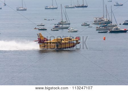 cadiz, spain - september 13, 2009: festival airshow cadiz