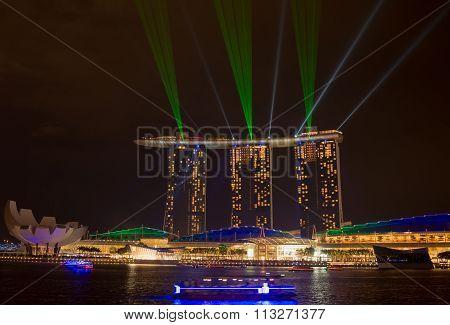 Marina Bay Sands, Singapore-jun 14, 2015 : View Of Marina Bay Sands With Light Laser Show At Night L