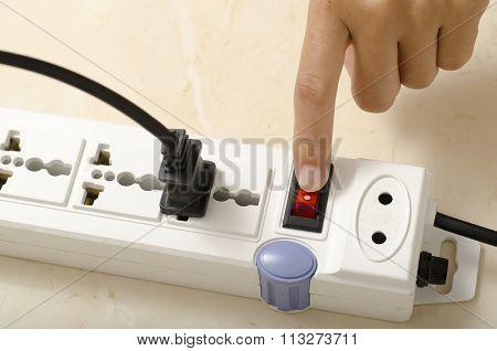 Hand Turn On Switch Multiple  Socket Plug