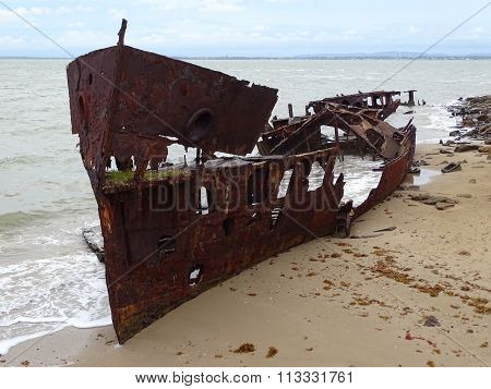 Shipwreck of the gayundah