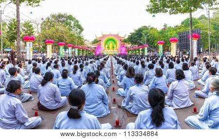 Square chickened celebrate Buddha Amitabha