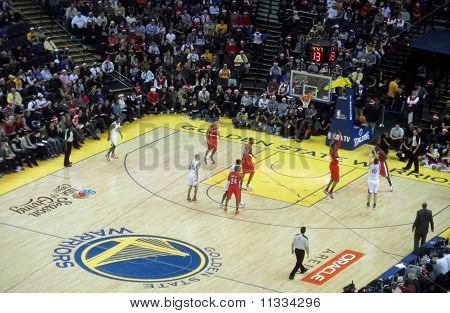 Warriors David Lee Takes Jump Shot With Blazers Trying To Block Ball