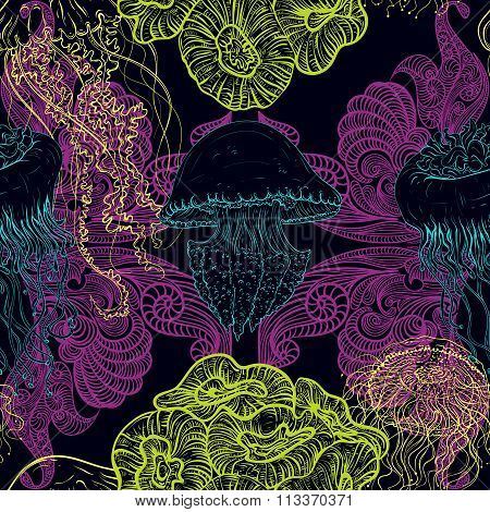 Seamless pattern with jellyfish, marine plants and seaweed. Vintage hand drawn vector illustration m