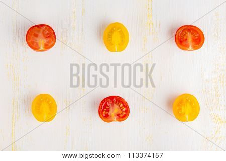 Different kinds of sliced tomatoes