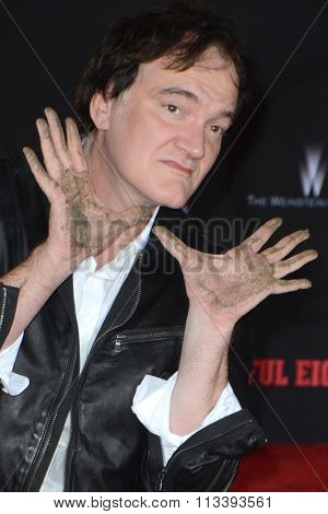 LOS ANGELES - JAN 5:  Quentin Tarantino at the Quentin Tarantino Hand & Footprints Ceremony at the TCL Chinese Theater IMAX on January 5, 2016 in Los Angeles, CA