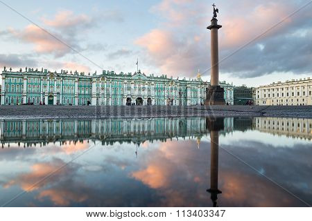 St. Petersburg. Winter Palace. Palace Square. Reflection