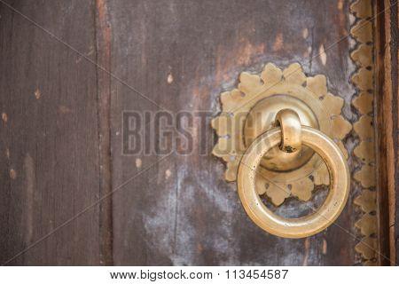 Golden Doorknocker Ring
