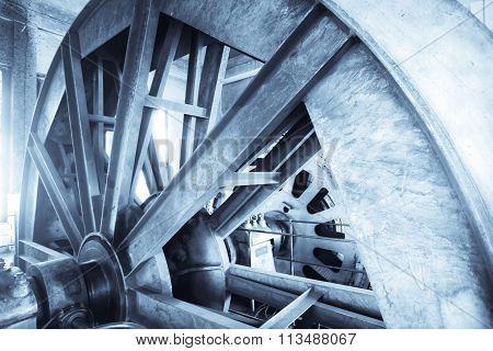 Elevator Top Wheel