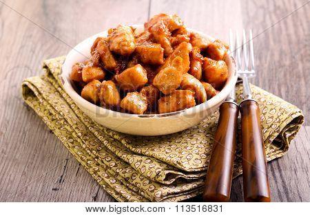 Sticky Spicy Chicken Bites
