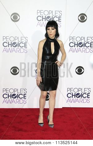 LOS ANGELES - JAN 6:  Carly Rae Jepsen at the Peoples Choice Awards 2016 - Arrivals at the Microsoft Theatre L.A. Live on January 6, 2016 in Los Angeles, CA