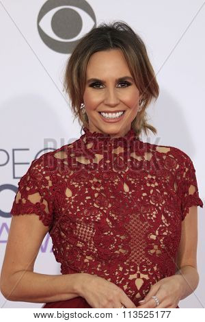 LOS ANGELES - JAN 6:  Keltie Knight at the Peoples Choice Awards 2016 - Arrivals at the Microsoft Theatre L.A. Live on January 6, 2016 in Los Angeles, CA