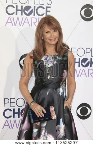 LOS ANGELES - JAN 6:  Roma Downey at the Peoples Choice Awards 2016 - Arrivals at the Microsoft Theatre L.A. Live on January 6, 2016 in Los Angeles, CA