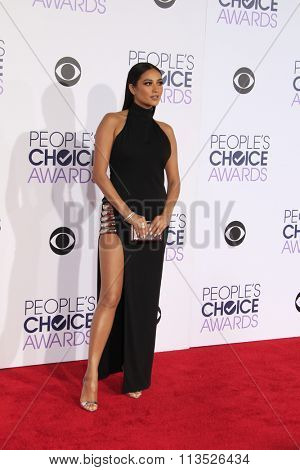 LOS ANGELES - JAN 6:  Shay Mitchell at the Peoples Choice Awards 2016 - Arrivals at the Microsoft Theatre L.A. Live on January 6, 2016 in Los Angeles, CA