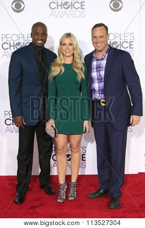 LOS ANGELES - JAN 6:  Matt Iseman, Kristine Leahy, Akbar Gbaja-Biamila at the Peoples Choice Awards 2016 - Arrivals at the Microsoft Theatre L.A. Live on January 6, 2016 in Los Angeles, CA