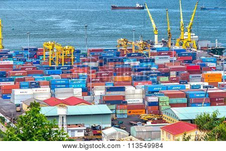 Abundance of Danang harbor