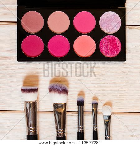Set Of Blushes And Highlighters And Brushes