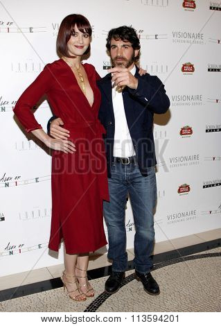 Mary Elizabeth Winstead and Chris Messina at the Los Angeles premiere of