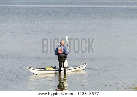 Canoeist getting ready
