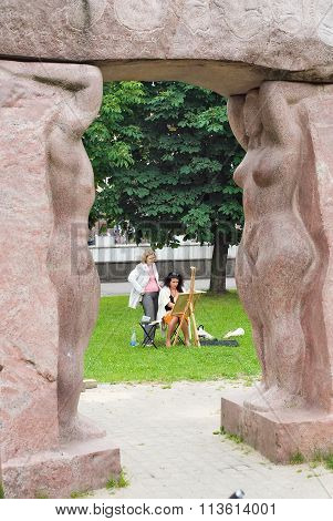 Artist creates on open-air. Kaliningrad