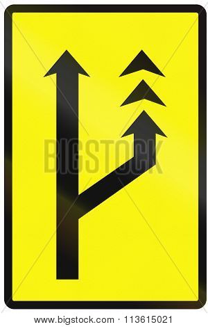 Road Sign Used In Slovakia - Slow Lane (temporary)