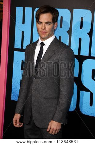 Chris Pine at the Los Angeles premiere of