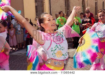 Taiwanese Dancers