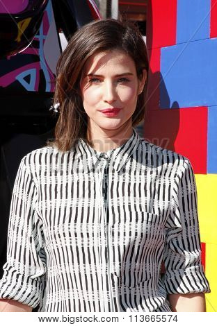 Cobie Smulders at the Los Angeles premiere of
