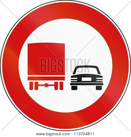 Road Sign Used In Italy - No Passing By Vehicles Of Over 3.5 Tons