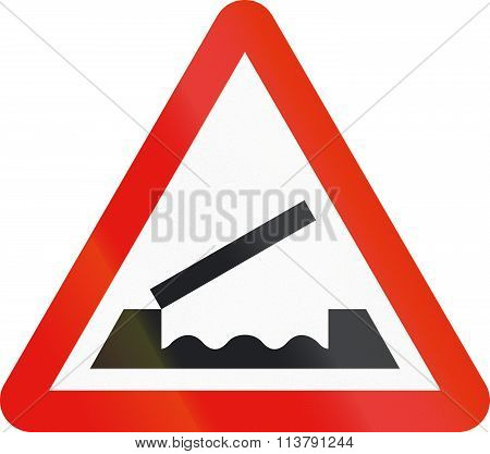 Road Sign Used In Spain - Movable Bridge