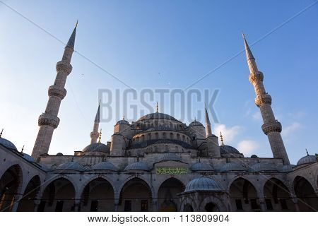 Sultan Ahmed Mosque (blue Mosque) In Istanbul Early In The Morning, Turkey