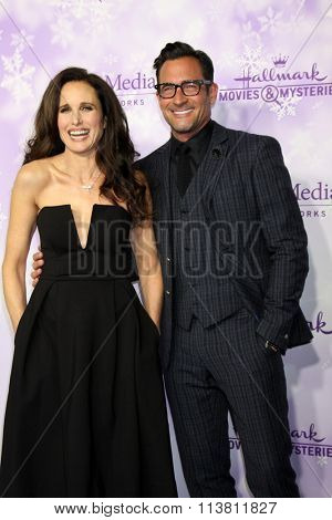 LOS ANGELES - JAN 8:  Andie MacDowell, Lawrence Zarian at the Hallmark Winter 2016 TCA Party at the Tournament House on January 8, 2016 in Pasadena, CA