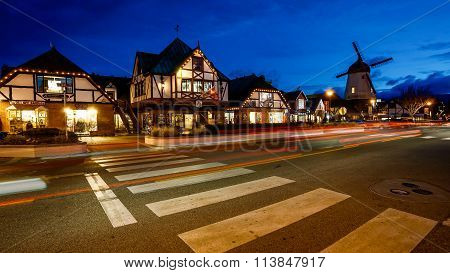The Danish Town Of Solvang, California At Night Timelapse