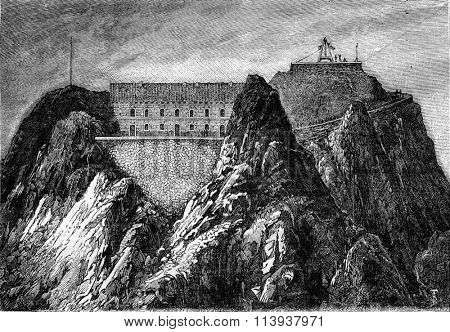 The new Observatory of the Pic du Midi, vintage engraved illustration. Magasin Pittoresque 1880.