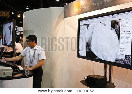 Nik Software At Photoshop World Conference & Expo